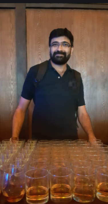 Vivek Karwa as a Tour Manager and Tour Guide